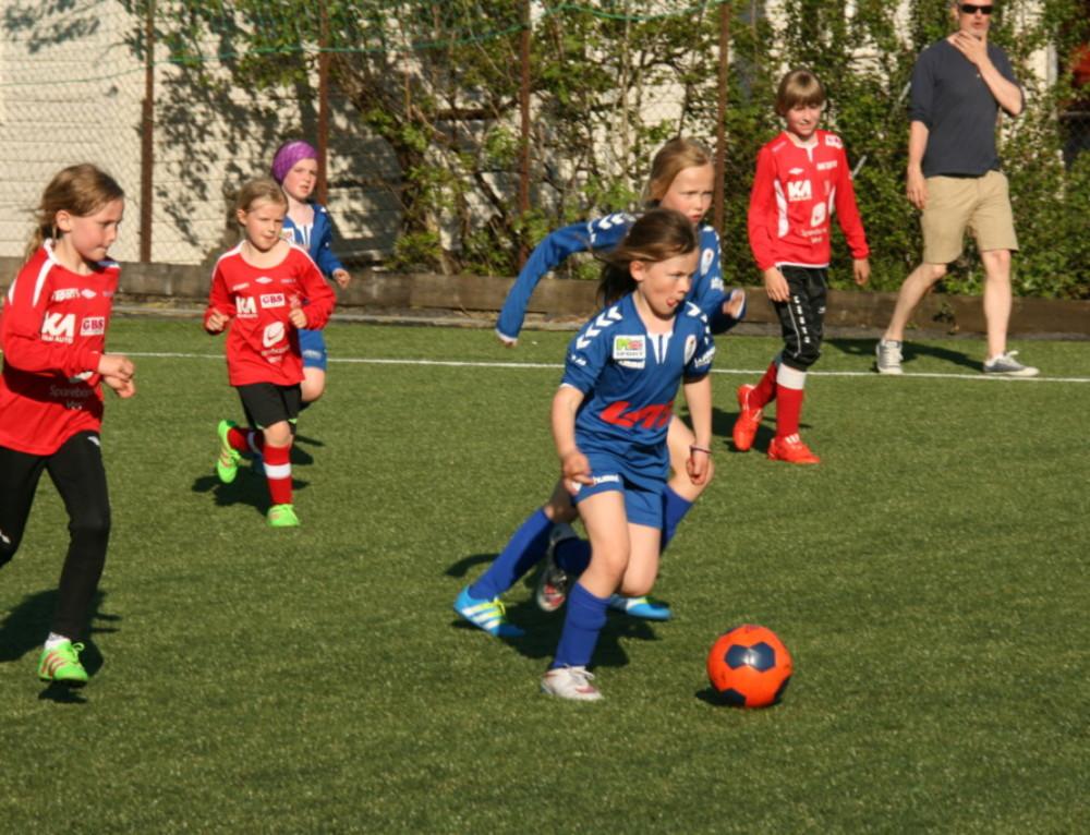 Internasjonal deltaking på Øystese Cup